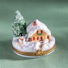 Limoges Winter House with Sowman Box   The Cottage Shop