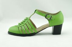 Women's Green woven leather sandals retro by SmithHandmadeShoes