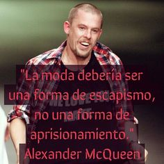 un espíritu libre Alexander Mcqueen, Fashion Words, Human Mind, Vogue, Catwalk, Me Quotes, Instagram Posts, Design, Spring