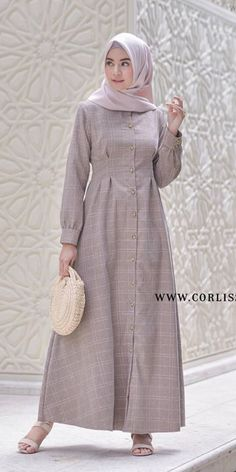 Hijab Style Dress, Hijab Outfit, I Dress, Abaya Fashion, Muslim Fashion, Fashion Dresses, Gamis Simple, Muslim Long Dress, Abayas