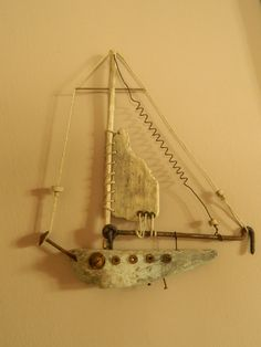 driftwood from greek islands---intriguing use of other items as part of the boat design! Driftwood Sculpture, Driftwood Art, Sea Crafts, Nature Crafts, Driftwood Projects, Boat Art, Nautical Art, Boat Design, Wooden Art