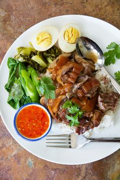Stewed Pork Hocks on Rice (Khao Kha Mu ข้าวขาหมู) by Nong of Nong's Khao Man Gai
