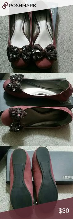 Kenneth Cole Reaction Ballet Flats Pretty bow ballet flat leather up with a cushion insole. Deep burgundy color Kenneth Cole Reaction Shoes Flats & Loafers