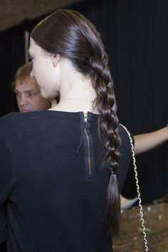 Ultimate BRAIDS Glossary: A Guide To Every Type of Braid - The Four Strand Braid