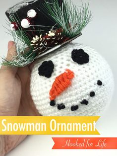 Free crochet pattern for Snowman Ornament. Dollar store parts and scrap yarn make this an inexpensive yet adorable project! Clear Ornaments, Snowman Ornaments, Ball Ornaments, Snowmen, Crochet Snowman, Crochet Christmas Ornaments, Diy Christmas, Christmas Patterns, Handmade Christmas