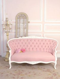 9 Valuable Clever Hacks: Vintage Home Decor Ideas Bedroom vintage home decor interiors fixer upper.Vintage Home Decor On A Budget Shabby Chic vintage home decor boho apartment therapy.Vintage Home Decor Inspiration Dreams. Rosa Couch, Pink Couch, Pink Settee, Yellow Couch, Decoration Shabby, Tout Rose, Modern Sofa Designs, Pink Furniture, Furniture Design