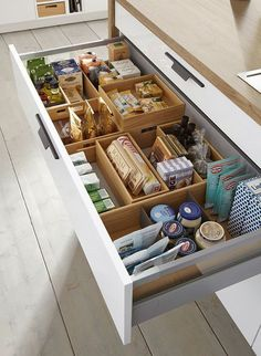 These ideas for DIY kitchen organization are brilliant! - HOME & DIY - k .These ideas for DIY kitchen organization are brilliant! - HOME & DIY - kitchen cabinetsClever Kitchen Storage Ideas. Clever Kitchen Storage, Kitchen Organization Pantry, Kitchen Cabinet Storage, Kitchen Drawers, Bathroom Organization, Organization Ideas, Awesome Kitchen, Pantry Ideas, Kitchen Cabinets