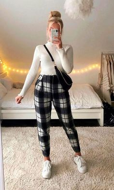 Casual Outfits, Fashion Outfits, Formal, Casual Looks, Ideias Fashion, Leather Pants, Girly, Hipster, Pullover