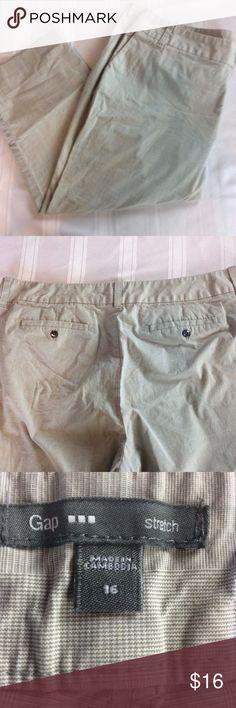 Gap Capri Pants Plaid with Light Blue Gap Womens Capri Pants Size 16 Crop Plaid with Light Blue Work Stretch Career GAP Pants Capris