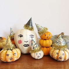 Pumpkins with hand drawn faces and party hats. Fun for Thanksgiving or you could make the faces scarier for Halloween, too. Fröhliches Halloween, Holidays Halloween, Vintage Halloween, Halloween Pumpkins, Halloween Decorations, Halloween Office, Vintage Clown, Halloween Carnival, Favorite Holiday