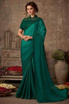 Saris, Saree Wedding, Wedding Dresses, Wedding Outfits, Trendy Sarees, Simple Sarees, Fancy Sarees, Indian Silk Sarees, Green Saree