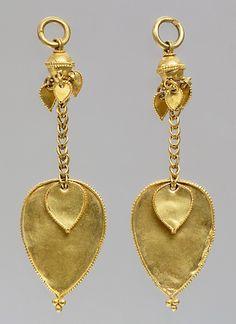 Earring (One of a Pair)  Period: Three Kingdoms period (57 B.C.–A.D. 668) Date: Silla Kingdom, early 6th century Culture: Korea Medium: Gold