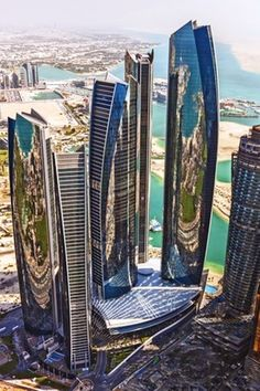 Etihad Towers - Abu Dhabi -Emiratos Árabes Unidos