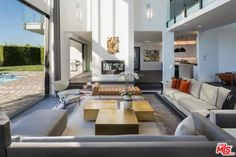 John-Legend-And-Chrissy-Teigen-Beverly-Hills-Real-Estate-Living-Room-4