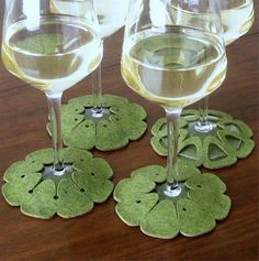 Stay On Coasters for Wine Glasses. Now That's An Idea That Holds Water Felt Crafts, Fabric Crafts, Diy Crafts, Fabric Glue, Marker, Felt Coasters, Home Decor Items, Design Crafts, Wine Glass
