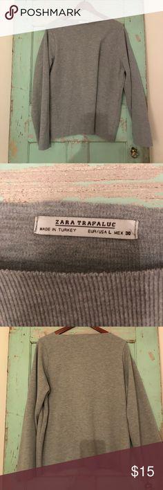 Zara Heather Grey Bell Sleeve Top SZ L Zara Heather Grey Bell Sleeve Top SZ L Zara Tops Tees - Long Sleeve