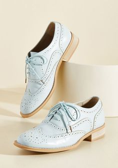 Talking Picture Oxford Flat in Sky. And now for your feature presentation - these ice blue wingtips! #gold #prom #modcloth