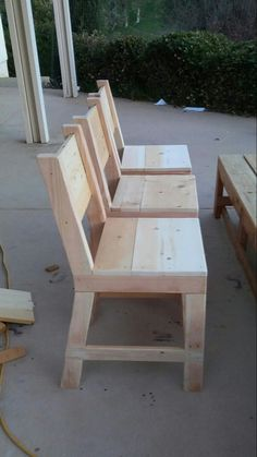 Simple chairs... I'm still learning and having fun