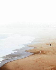 Sélection Instagram #75 // © Pedro Rangel // Retrouvez la sélection complète sur le site de #FisheyeLeMag ! #instagram #curation #photo #photography #beach #plage #sea #sand #colors #mist #landscape #beautiful #nature #portugal #photooftheday #picoftheday #potd