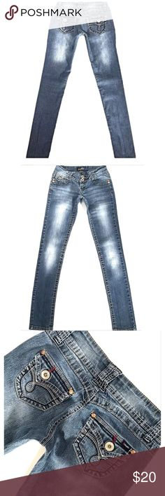"ANGELS Low SZ 0*Skinny Med Distress Blue Jeans ANGELS Juniors*Size 0*Skinny Low Stitch Flap Pocket Jeans*Inseam 30"" Angels Jeans Skinny"