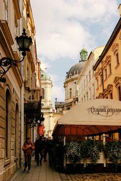 Ukraine: Lviv photodiary. Part 1 — Vika Petrenko