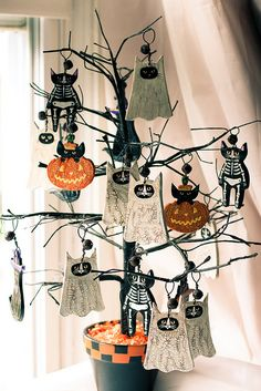 New pumpkin ornaments by Kilkennycat, via Flickr
