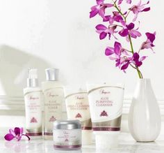 Beautiful Sonya Skincare sets. To order: www.mairemtd.flp.com - delivered to your door. #mum #parents #skincare #beauty #aloe