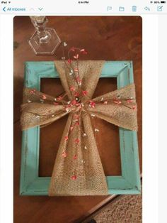 Use a Frame & Burlap to make this hanging Cross wall art. Use a Frame & Burlap to make this hanging Cross wall art…love this! Spring Crafts, Holiday Crafts, Diy Christmas, Country Christmas, Christmas Wreaths, Cute Crafts, Crafts To Make, Craft Gifts, Diy Gifts
