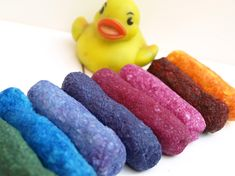 Homemade bath crayons. YES! @Whitney Owens (thought you might like this as much as I did when I saw it!)