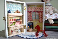 Небольшая подборка домиков в шкатулках и чемоданчиках / Кукольный домик своими руками, как сделать / Бэйбики. Куклы фото. Одежда для кукол