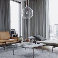 D I V I N E - beautiful space by @eklundstockholmnewyork Styling @mariakangardel #dotandpop #living #home #decor #interiors #design #love