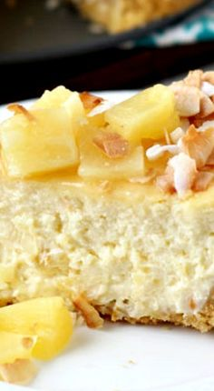 Piña Colada Recipe ~ A rich and creamy cheesecake filling infused with cream of coconut and pineapple chunks makes this piña colada cheesecake a pure delight that will transport you to the tropics in no time! Cupcakes, Cupcake Cakes, Just Desserts, Delicious Desserts, Yummy Food, Sweet Recipes, Cake Recipes, Dessert Recipes, Pina Colada Cheesecake Recipe