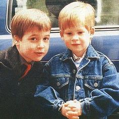awh... little William & Harry     (I love the wee jean jacket!)