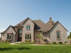 Model Home Portfolio & Photo Gallery | Elm Grove, WI | Kings Way Homes