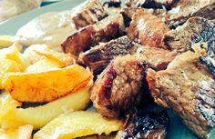 Tacos de @TernerAsturiana con salsa 5 pimientas, otra delicia de nuestros menús.