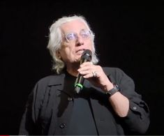 Germano Celant (Genova, 1940 - Milano, 29/04/2020) Jeff Koons, Hirst, Man Ray, Land Art, Milano, Concert, Fotografia, Art, Concerts