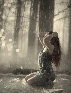 November Rain Animated by lauraypablo on DeviantArt Rainy Day Photography, Rain Photography, Landscape Photography, Walking In The Rain, Singing In The Rain, Rain Animation, I Love Rain, Girl In Rain, Shotting Photo