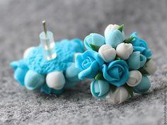 Купить серьги - гвоздики полимерная глина бирюзовые цветы - бирюзовый, цветы, цветы из полимерной глины