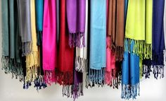 bulk shawl bargains for your individual event needs, bulk shawls as gifts or corporate gifts. Gold clubs and event planners welcome buy bulk pashmina shawls and cashmere scarves. Great service , quick delivery and affordable pashmina wedding favors. http://www.yourselegantly.com/wholesale/bulk-shawls-wraps-scarves.html