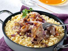 Couscous au poulet, au miel et aux oignons Polenta, Gnocchi, Risotto, Middle Eastern Recipes, Teller, Paella, Coco, Food And Drink, Cooking