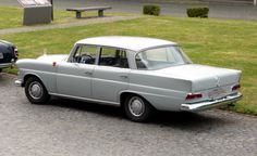 Mercedes 190 fintail (Heckflosse) http://benz-books.com/blog/917/mercedes-190-fintail/