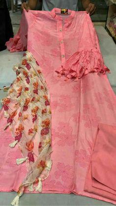 Best 12 Floral printed lengha and jacket top – Page 335940453448748752 – SkillOfKing.Com – SkillOfKing. Sleeves Designs For Dresses, Dress Neck Designs, Kurta Designs, Blouse Designs, Indian Attire, Indian Wear, Indian Designer Suits, Pakistani Dress Design, Applique Dress