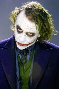 Heath Ledger as The Joker in Batman The Dark Knight Art Du Joker, Le Joker Batman, Joker And Harley Quinn, Gotham Batman, Batman Art, Batman Robin, Joker Dark Knight, The Dark Knight Trilogy, Dark Knight Joker Costume