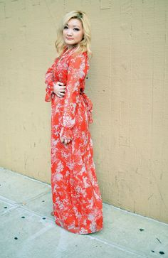 Fashion Blogger Tineey looks so chic in the Nicole Richie Collection print maxi dress.