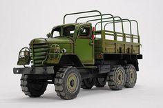 ブリキのおもちゃ 雑貨 車 クラシックカー レトロ アンティーク風 ミリタリー トラック 軍用車 中国軍 CA-30風 グリーン