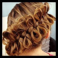 Bow-looping cross braid. #hairstyles