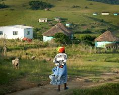 South African Villages 20 rules for safe travel in south africa African Culture, African Art, All About Africa, Xhosa, Places Ive Been, South Africa, Beautiful Places, Road Trip, Places To Visit