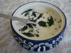 Coconut Raita 1 Yogurt Recipes, Healthy Recipes, Indian Side Dishes, Base Foods, Cheeseburger Chowder, Indian Food Recipes, Salads, Spices, Coconut