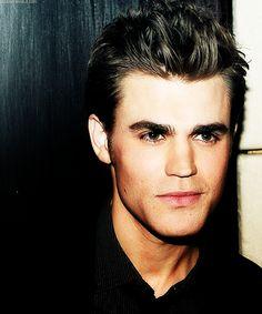 His eyes look sooo green in this picture! Paul Wesley