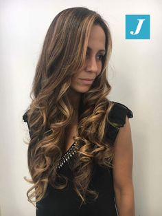 Le tue sfumature Degradé Joelle. #cdj #degradejoelle #tagliopuntearia #degradé #igers #musthave #hair #hairstyle #haircolour #longhair #ootd #hairfashion #madeinitaly #wellastudionyc